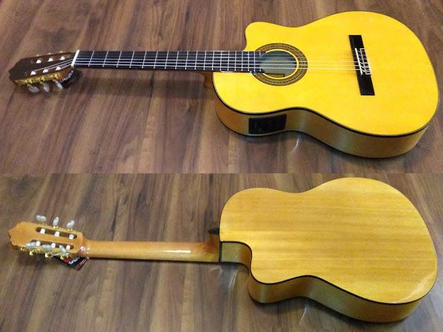 Guitarra española José Gómez C320.580EQ