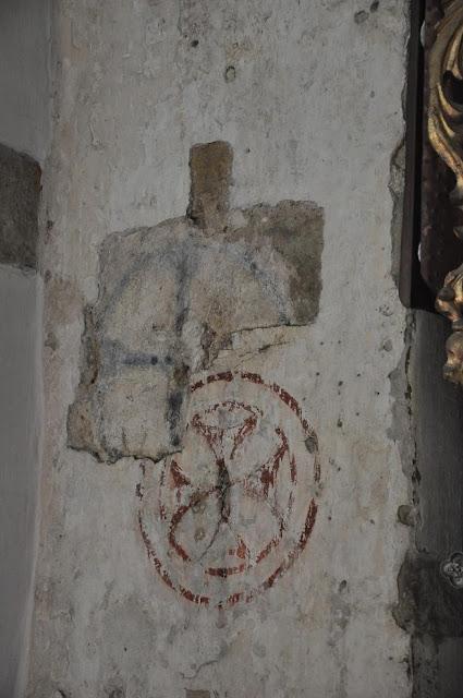 Romański kościół z przełomu XI i XII wieku w Tropiu - zacheuszka