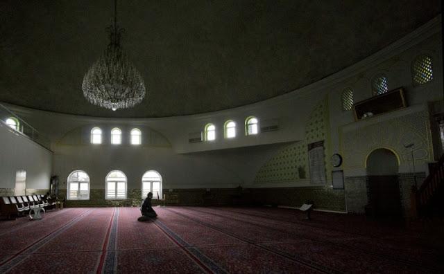 Islamofobia, Austria Akan Deportasi 60 Imam Dan Tutup 7 Masjid