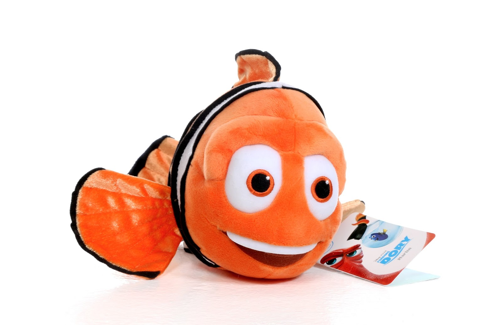 dan the pixar fan finding dory disney store marlin plush