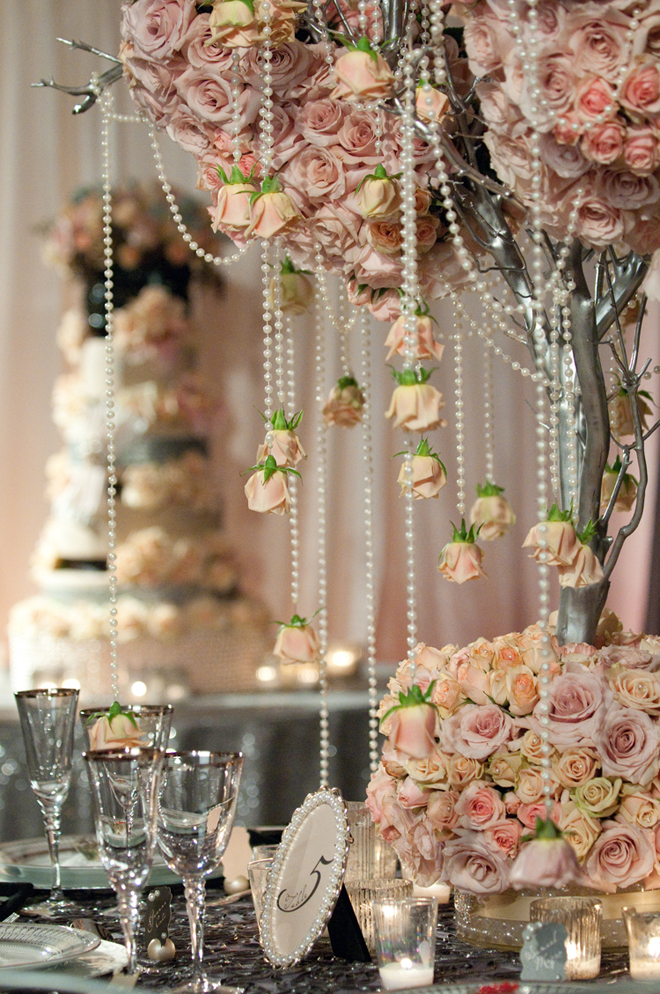 25 stunning wedding centerpieces best of 2012 belle for 59 victorian lighted black lamp post christmas decoration