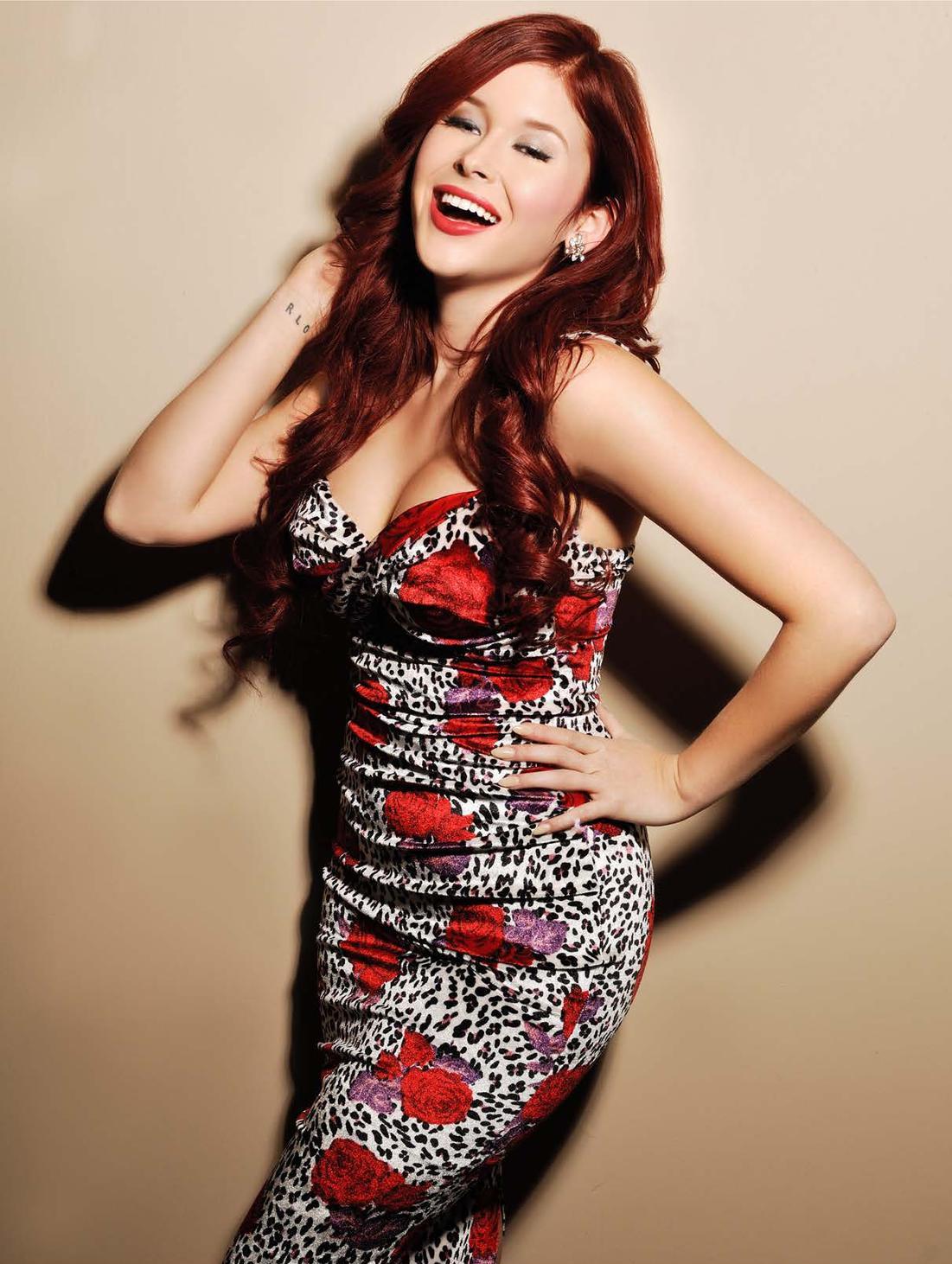 Hollywood Celebrities: Renee Olstead Hot Hd Wallpapers