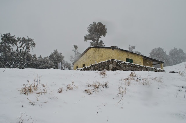 A hut situated near Nag Tibba temple