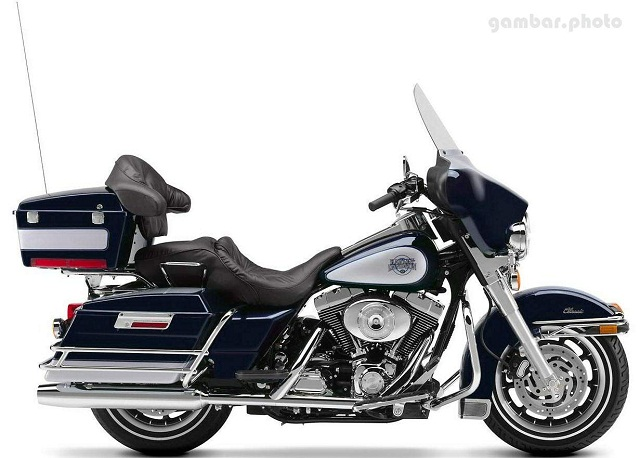 Harley Davidson FLHTC Electra Glide Classic motorcycle
