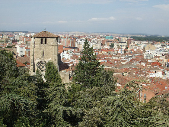 imagen_burgos_castillo_cerro_san_miguel_vistas_iglesia_san_esteban_mirador