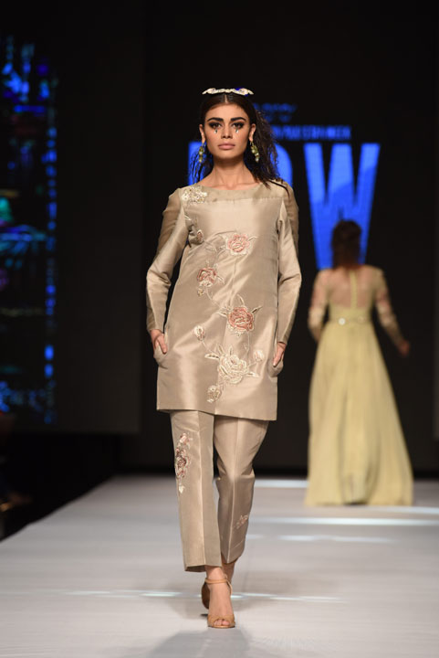 Pakistan Fashion Week, Designer Collection, TFPW15, Telenor Fashion Pakistan Week, Spring Summer 2015, ss15, trends of 2015, fashion week, fashion show in Pakistan, Fashion addiction, Lawn season, Al Karam lawn, fashion blogger, Hot Pakistani Models, redalicerao, red alice rao, Fashion Pakistan Council, Pakistan fashion, Luxury Pret, Pret a porter, Fahad Husayn, ss15, dominatrix decoded, swarovski, fashion fantasy