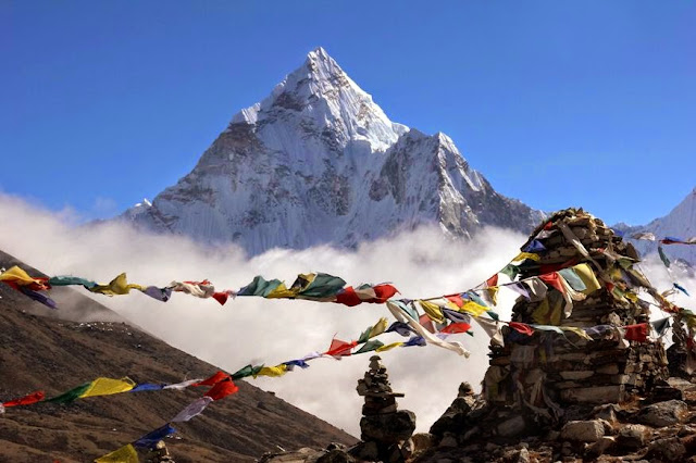 It's so amazing to see Mt Everest, you will get lost in it.