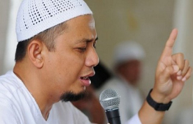 Ustadz Arifin Ilham Minta Tausiyah tentang Valentine Ini Disebarkan