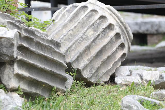 Säule im Forum Romanum