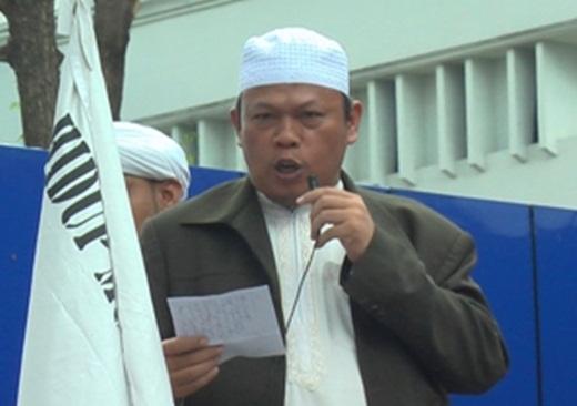 Memprihatinkan, KH Muhammad Al-Khaththath Dilarang Shalat Jum'at ke Masjid