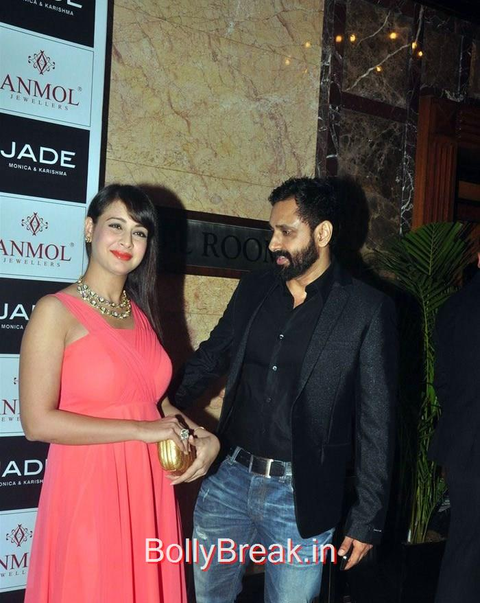 Bollywood Celebs at Anmol Jewellers show Era of Design