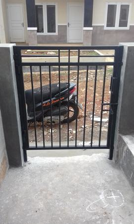 Pintu Besi Hollow Minimalis