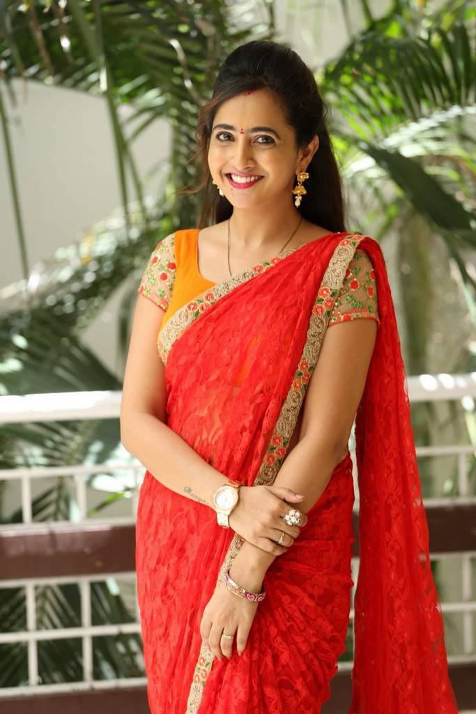 Beautiful Hyderabadi Girl Lasya Photo Shoot In Transparent Red Saree