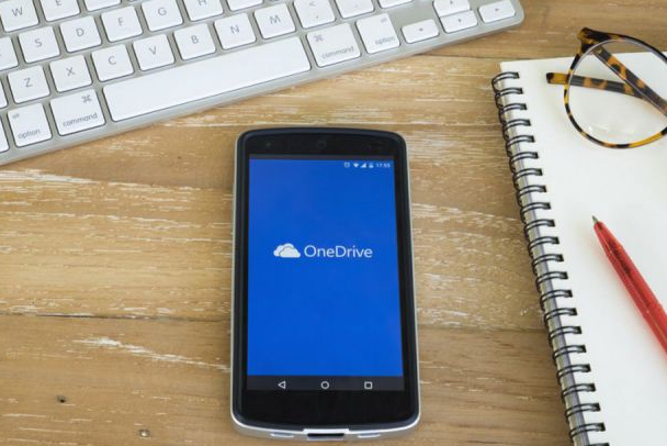 ميزات جديدة قادمة لتطبيقات OneDrive و Office Mobile في نوفمبر