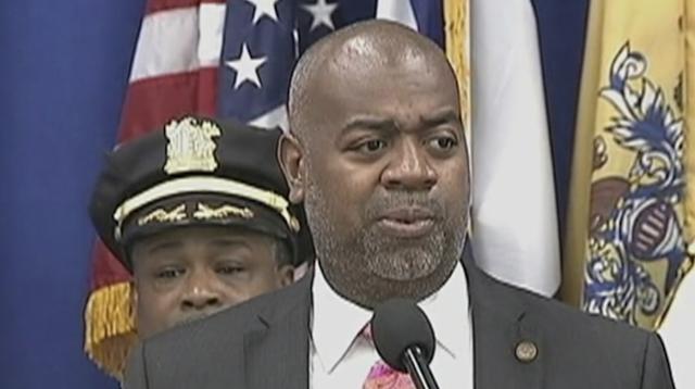 Newark's mayor exploring universal basic income program