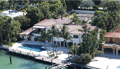 HOMES Hurricane Irma: Diddy, Gloria Estefan's Homes In Path Of Destruction Foreign