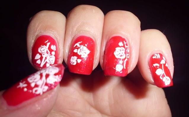 manicura roja estampada