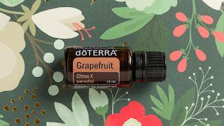 eterično olje grenivke za suho krtačenje in aromatično oblačenje