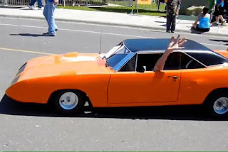 A Mini Version of Plymouth Roadrunner Superbird 06