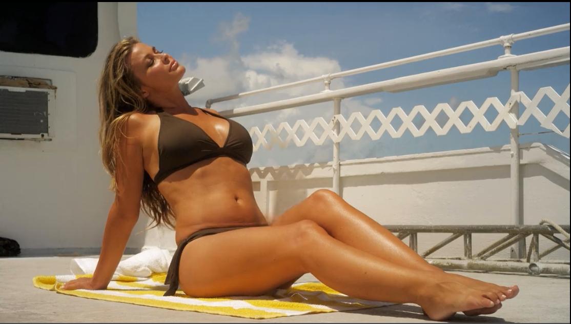 Best bikini moment ever — img 6