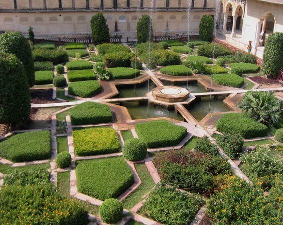 gradina istorica india, gradina geometrica, gradina orientala, fantana