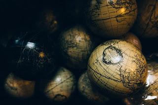 Pembagian Geografi Bedasarkan Bidang Kajiannya