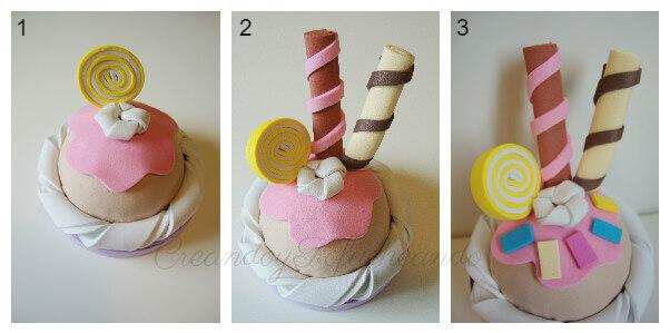 Decoramos el cupcake de goma eva con caramelo y barquillos
