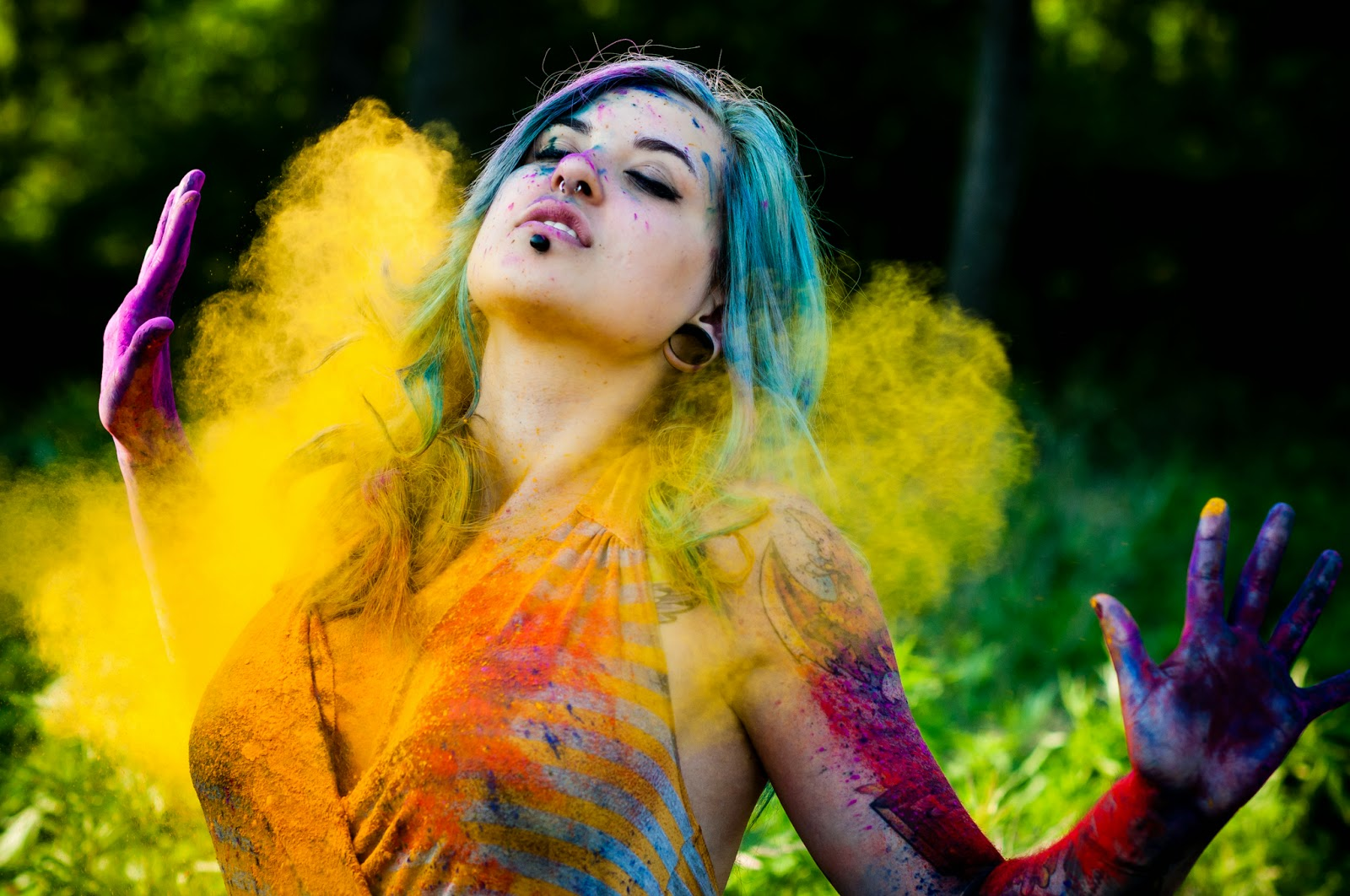 Holi Hot Wallpapers Download
