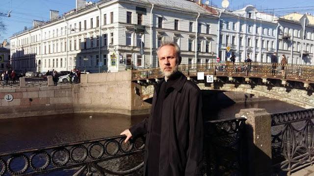 Суддя відмовилась розглядати справу скандального монаха-блогера з георгіївською стрічкою