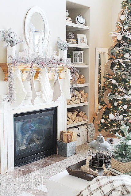 Christmas farmhouse and cottage decor and decorating ideas for the living room. Christmas living room tour fixer upper style