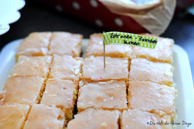 Die Welt Der Kleinen Dinge Zitronen Brombeer Blechkuchen Easy