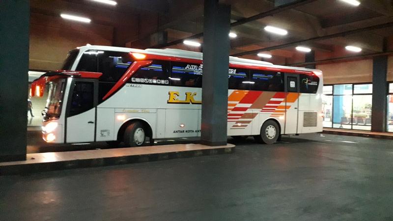 Bus Eka Jetbus 3