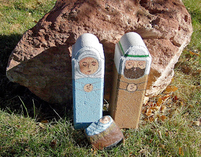 painted stones, unique nativity sets, outdoor, Cindy Thomas