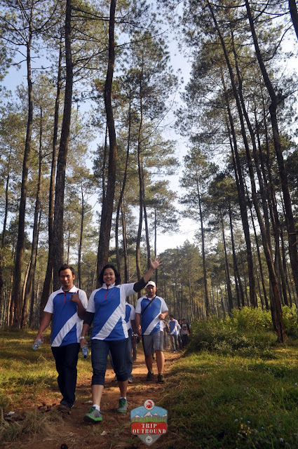 Hiking Seru Bersama EO tripoutbound