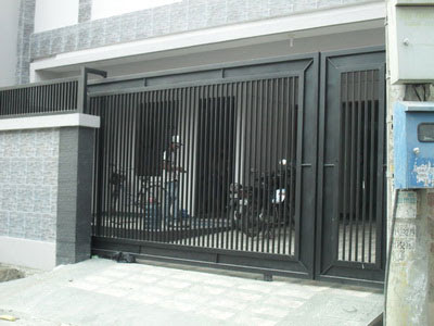 Minimalist Design Iron Fence Houses ~ FREE DESIGN NEWS