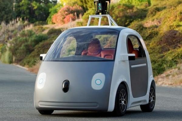 شراكة بين جوجل و فيات كرايزلر لإنتاج سيارات ذاتية القيادة