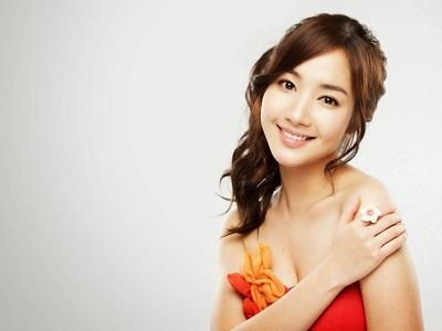 Profil Park Min Young / Bak Mi Young