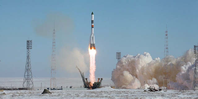 Soyuz-U launch vehicle together with the cargo transport spacecraft Progress MS-05. Photo Credit: Roscosmos