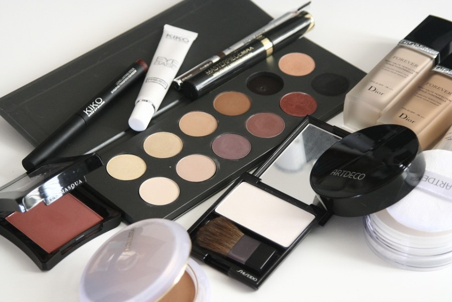 makeup products with cream blush.jpeg