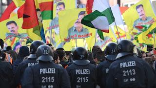 Γερμανία: Καταιγισμός απειλών εναντίον του πρωθυπουργού της Θουριγγίας μετά από ανάρτησή του υπέρ των Κούρδων