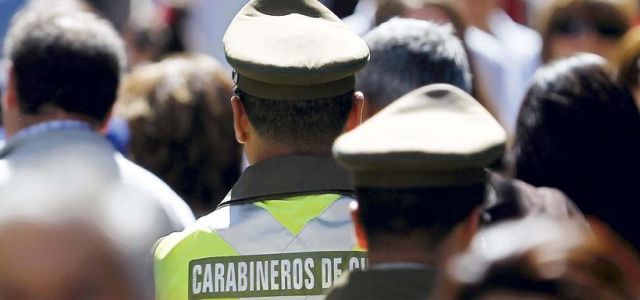 100 ex carabineros denuncian irregularidades