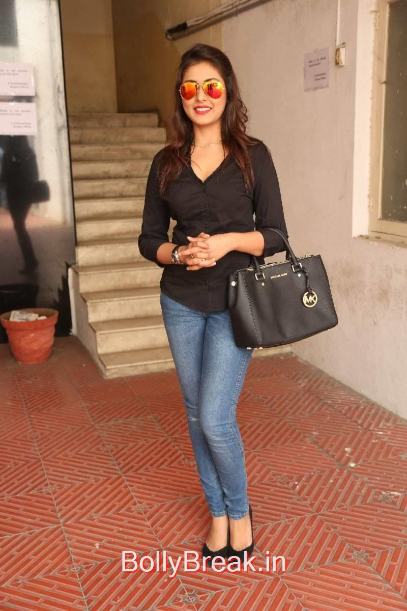Tollywood Actress Madhu Shalini, Madhu Shalini Pics in Tight Blue Jeans & Black Top