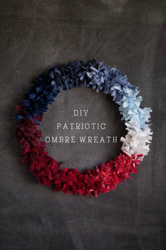 DIY Patriotic Ombre Wreath - so stunning!