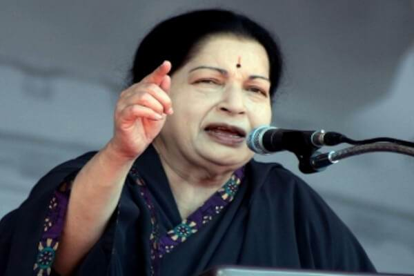 jayalalithaa-planted-thumb-on-electoral-document-best-hindi-news