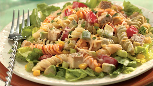 Yummyy Chicken Pasta Salad Recipe In Urdu