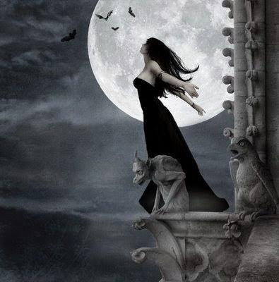gotica no castelo lua cheia sombria escuridão vestido preto sozinha liberdade