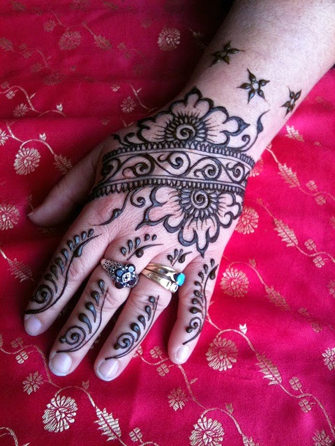 Henna Flower Wrist Tattoos: Beautiful Henna Tattoo Designs For Your Wrist