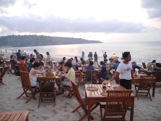 Menega Cafe The Best Spot Seafood At Jimbaran Resto