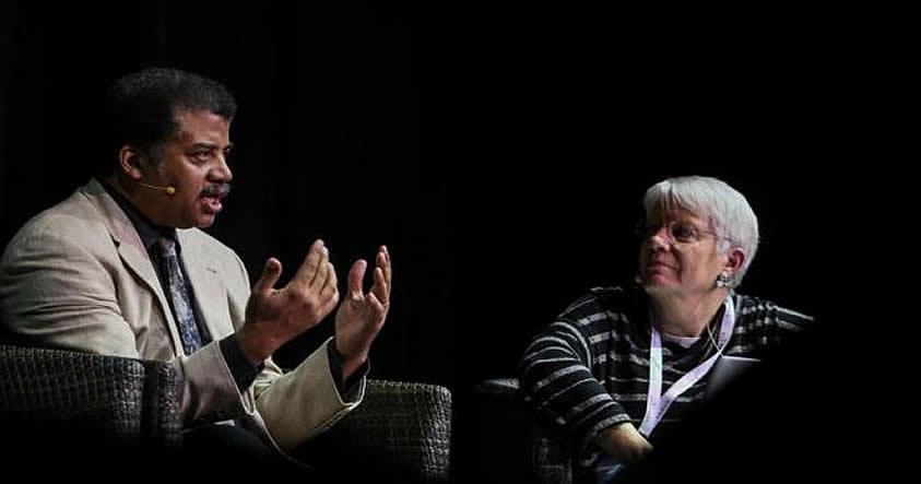 Los astrofísicos Neil deGrasse Tyson y Jill Tarter, en el festival Starmus.