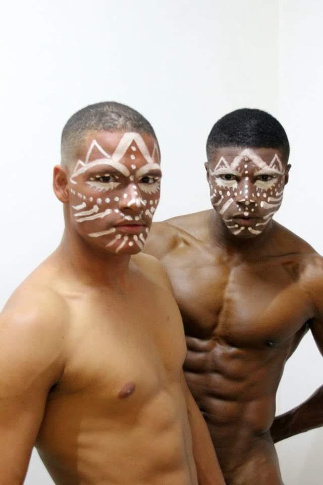Misters Jonas Silva e Marciel Santos posam para ensaio. Foto: Dimi Lima
